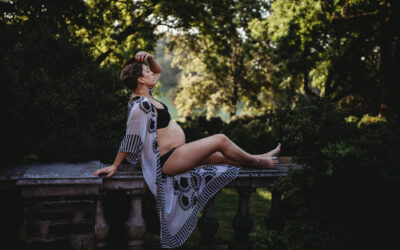 Bethesda MD Outdoor Bare Belly Maternity Photography Session